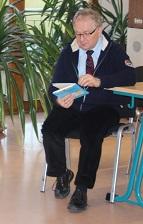 Unser Schulleiter - hier als Vorleser